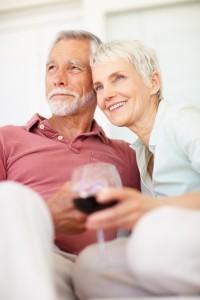 couple de retraité souriant